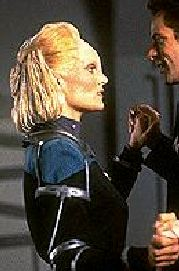 Melora Pazlar - the first Starfleet officer from Elaysia - Daphne Ashbrook